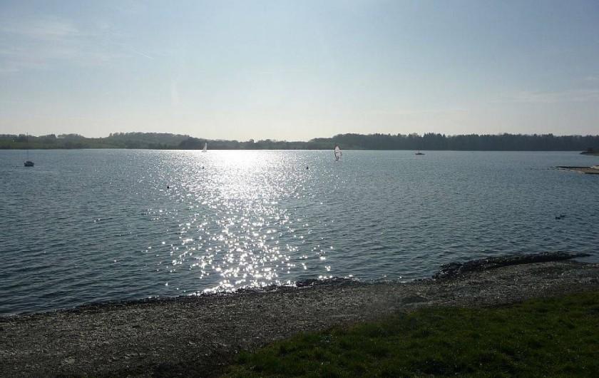 Location de vacances - Bungalow - Mobilhome à Froidchapelle - lac