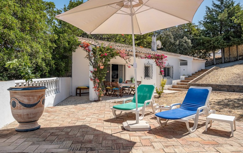 Location de vacances - Villa à Gorjões - Côté jardin