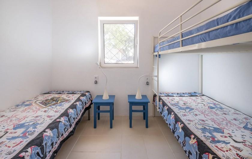 Location de vacances - Villa à Gorjões - Chambre enfants