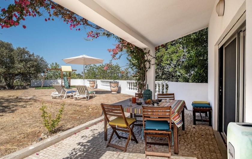 Location de vacances - Villa à Gorjões - Terrasse