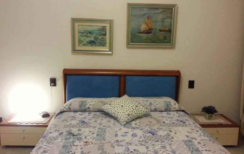 Location de vacances - Appartement à Bergame - chambre matrimoniale