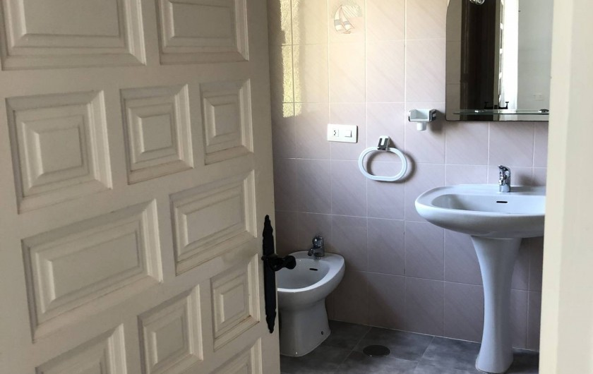 Location de vacances - Maison - Villa à San Andrés Golf - La salle de bain avec douche ensuite a la troisieme chambre a lit