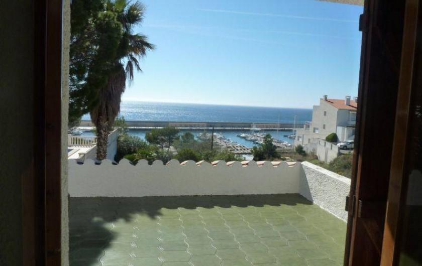 Location de vacances - Villa à L'Ametlla de Mar - terrasse vue mer chambre 1er étage
