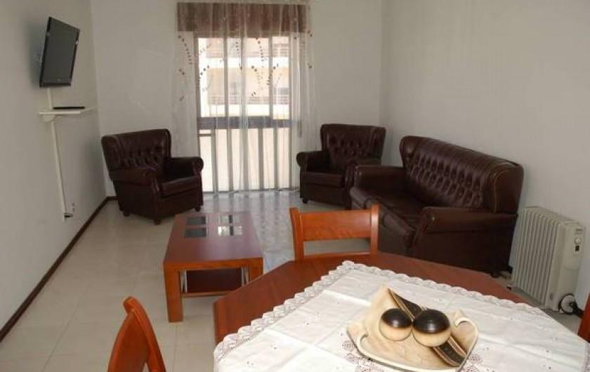 Location de vacances - Appartement à Faro - salle/salon cote rue et sud
