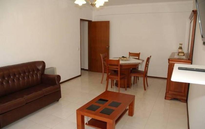 Location de vacances - Appartement à Faro - Salle/salon donnant ver le coulois
