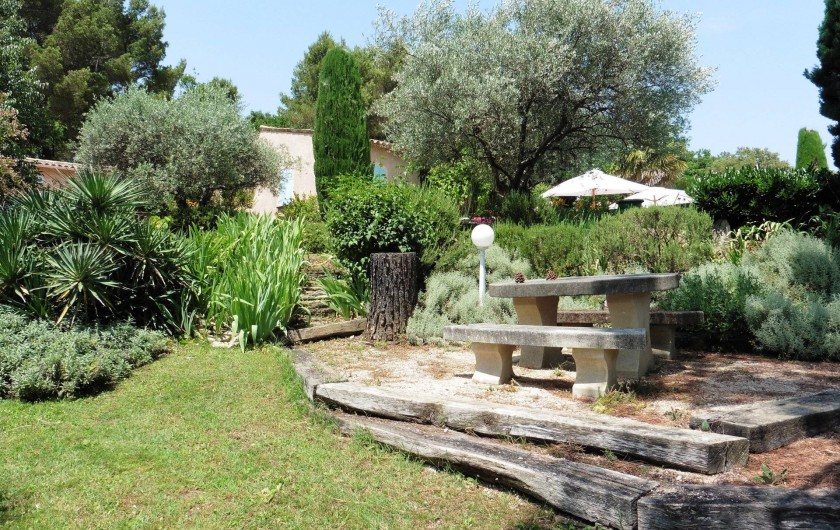 Location de vacances - Chambre d'hôtes à Entrechaux - Pour se restaurer.