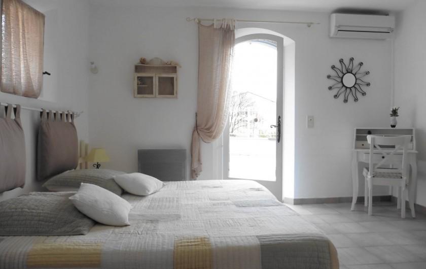 Location de vacances - Chambre d'hôtes à Entrechaux - Chambre Aquarelle.