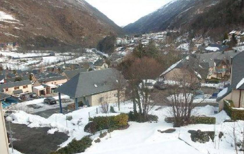 Location de vacances - Chalet à Cauterets - vue du chalet sur la vallée