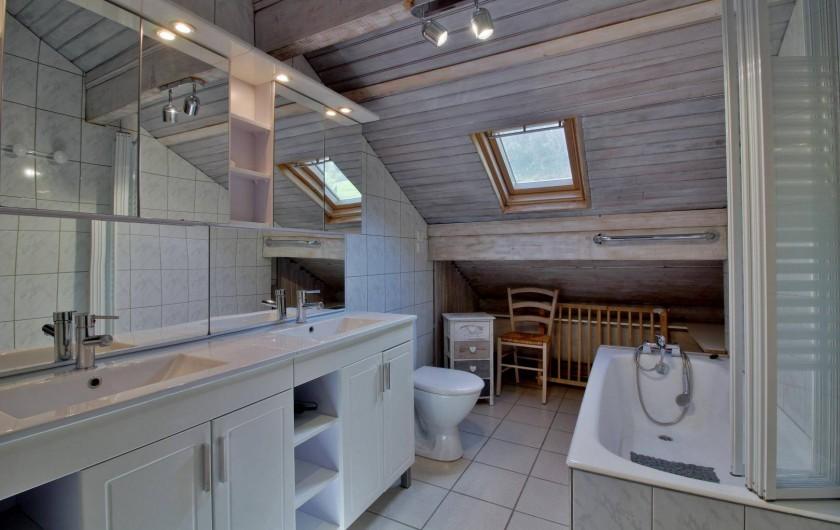 Location de vacances - Chalet à Cauterets - salle de bains