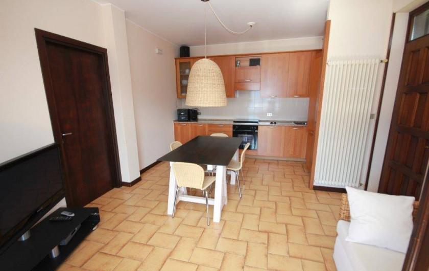 Location de vacances - Maison - Villa à Lenno - Salle a manger / cuisine équipée totalement