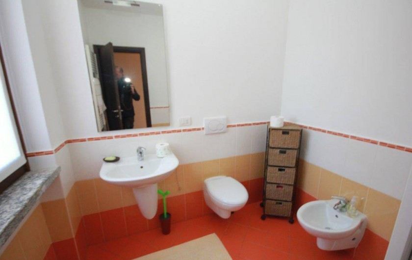 Location de vacances - Maison - Villa à Lenno - Salle de bain avec douche spacieuse