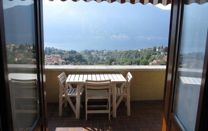 Location de vacances - Maison - Villa à Lenno - Terrasse et vue sur le lac