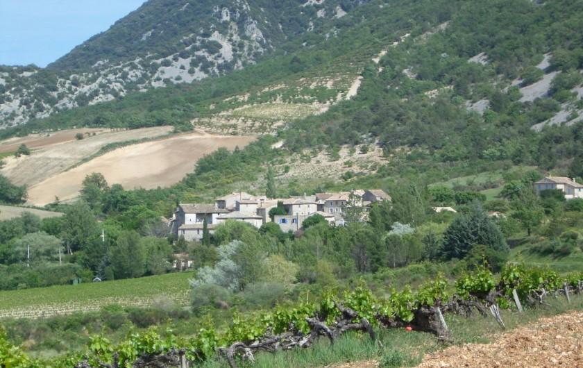 Location de vacances - Villa à Malaucène - Hameau de Veaux.
