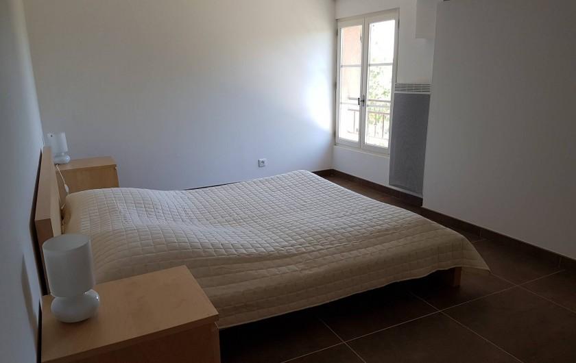 Location de vacances - Mas à Lorgues - Chambre 3 avec lit double 160 x 200