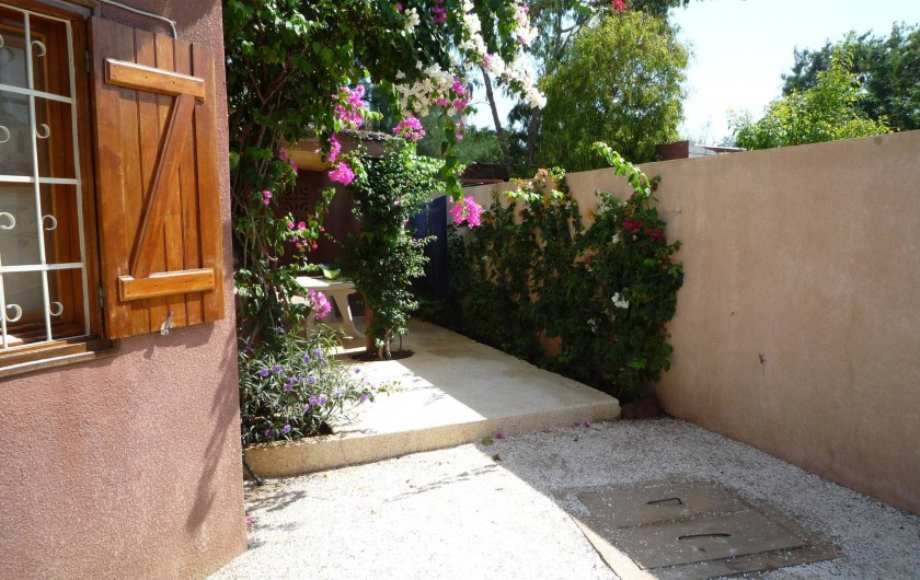 Location de vacances - Villa à Saly - Terrasse arrière
