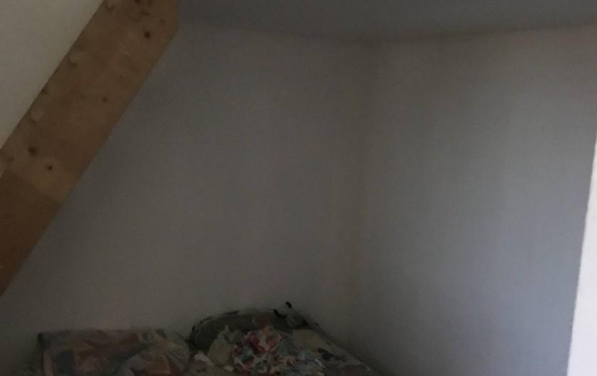 Location de vacances - Chalet à Talmont-Saint-Hilaire - Chambre une avec son escalier