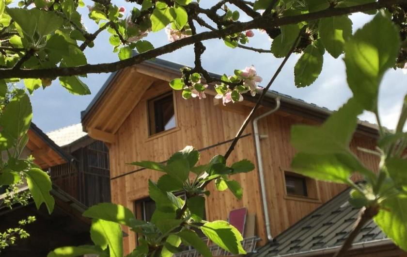 Location de vacances - Chalet à Morillon - Côté verger