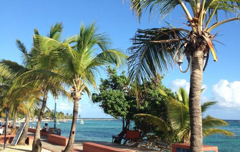 Location de vacances - Gîte à Saint-François - Gîtes la simoniere : bord de mer