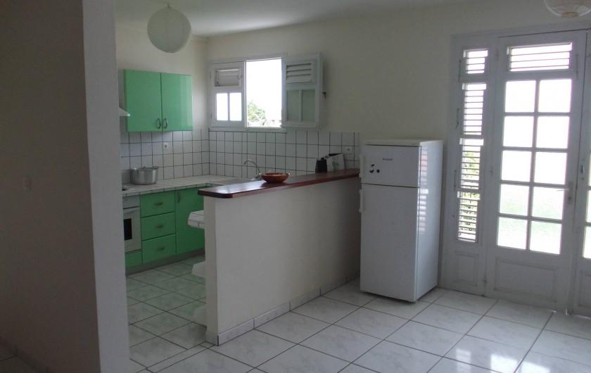 Location de vacances - Appartement à Schoelcher - cuisine