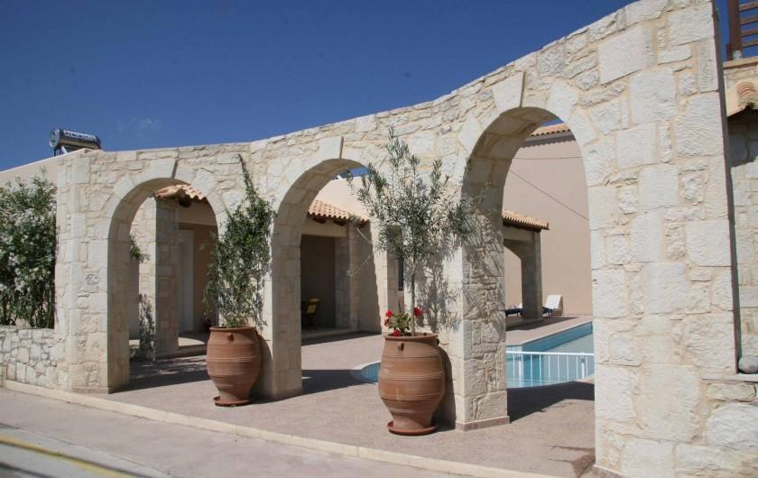 Location de vacances - Maison - Villa à Nopigia - Arches d entree