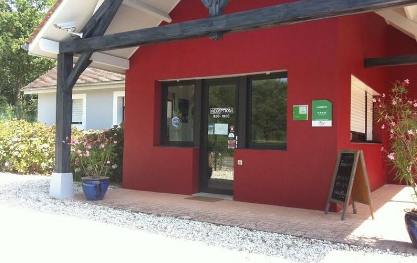 Location de vacances - Insolite à La Châtre - Notre camping 4 étoiles a aussi un Ecolabel et le label Camping Qualité