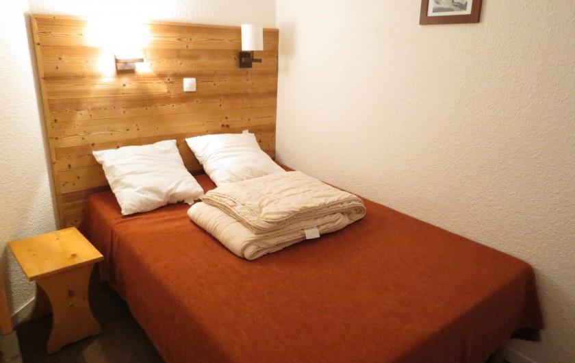 Location de vacances - Appartement à Belle Plagne - CHAMBRE 1 SÉPARÉ         LIT  2 PERSONNES