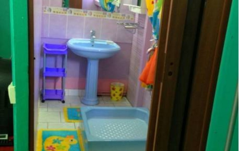 Location de vacances - Bungalow - Mobilhome à Sainte-Anne - Bungalow 1 - Sdb, douche, lavabo