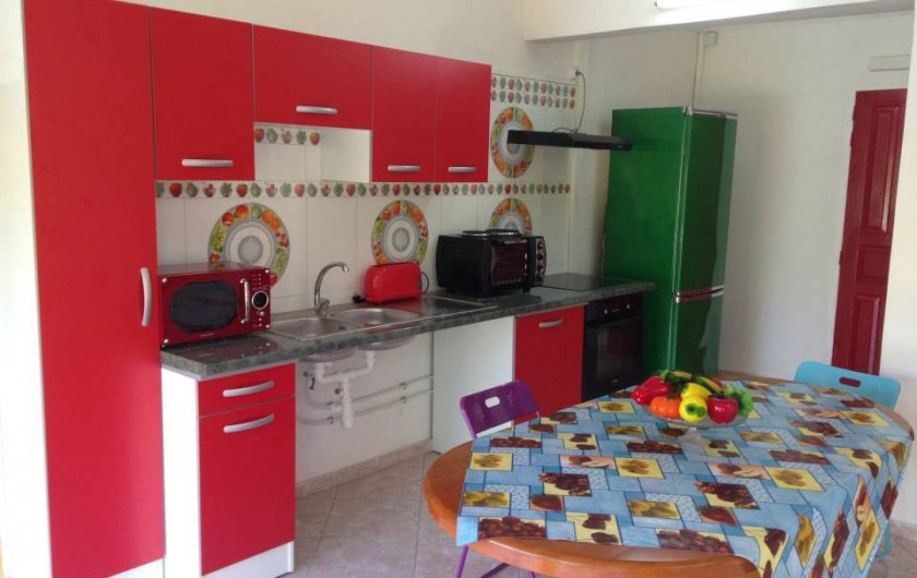 Location de vacances - Bungalow - Mobilhome à Sainte-Anne - Appartement T3 Ibis Rouge Coin Cuisine, Living, Sdb
