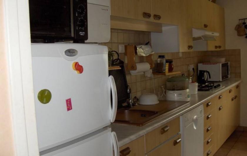 Location de vacances - Appartement à Arcachon - cuisine tout électrique