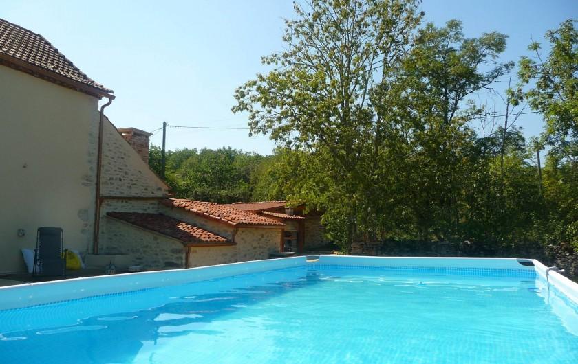 Location de vacances - Villa à Cahors - Piscine hors sol 7,30 X 3,50 M Echelle sécurité enfants