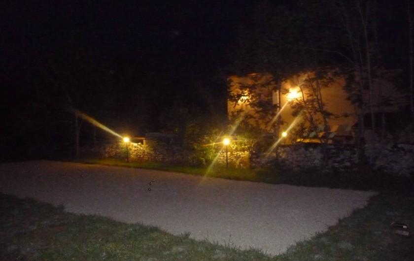 Location de vacances - Villa à Cahors - Boules de pétanques à votre disposition, en fer et,  plastique pour enfants.
