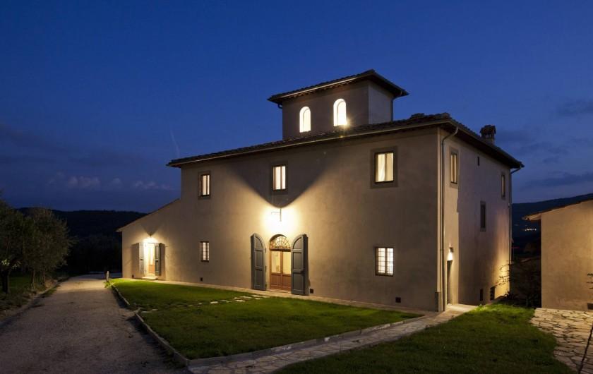 Location de vacances - Villa à San Donato In Collina - By night....