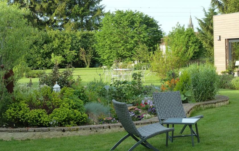 Location de vacances - Chambre d'hôtes à Rouvres-en-Woëvre - Notre jardin