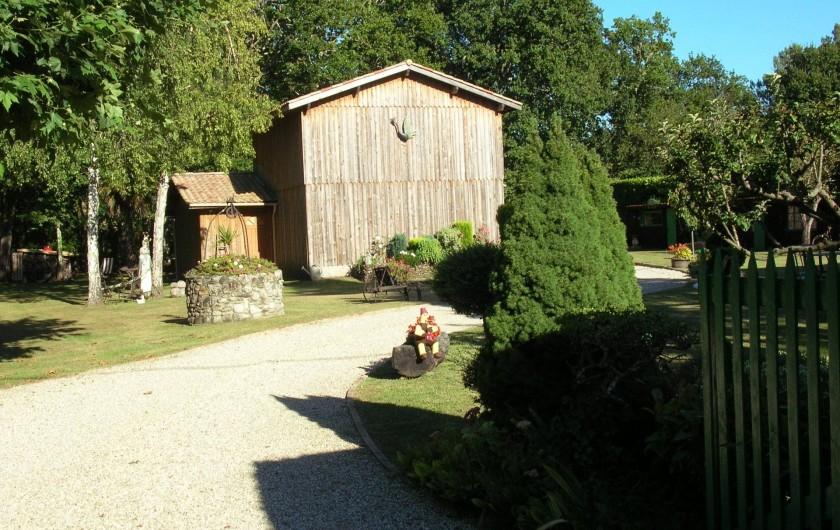 Location de vacances - Maison - Villa à Lège-Cap-Ferret - Allée qui va vers le parking