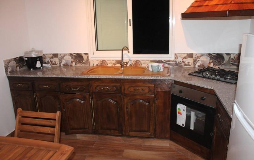Location de vacances - Chalet à Cilaos - coin cuisine équipée