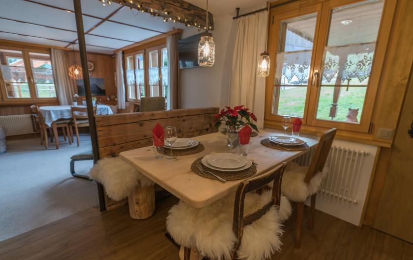 Location de vacances - Appartement à Grindelwald - table à manger