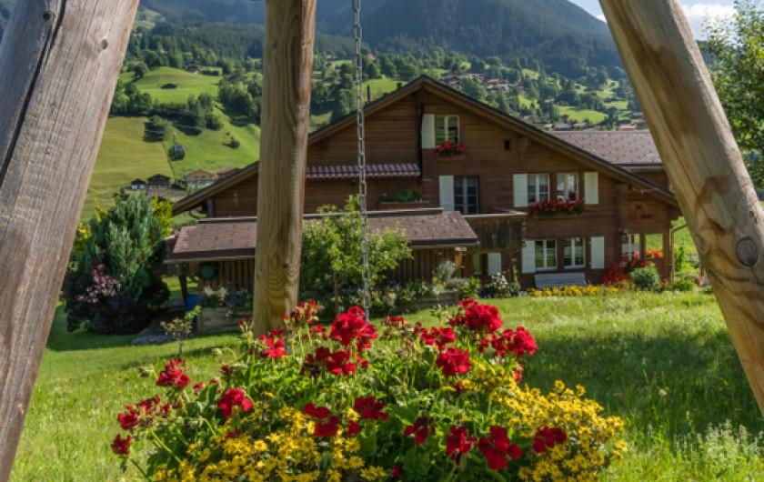 Chalet im Boden avec Eiger côté nord