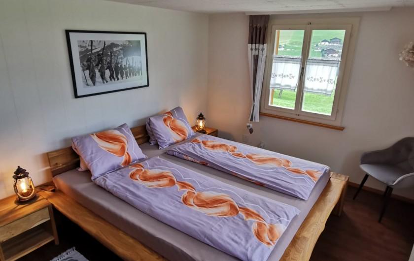 Location de vacances - Appartement à Grindelwald - Chalet im Boden avec pergola