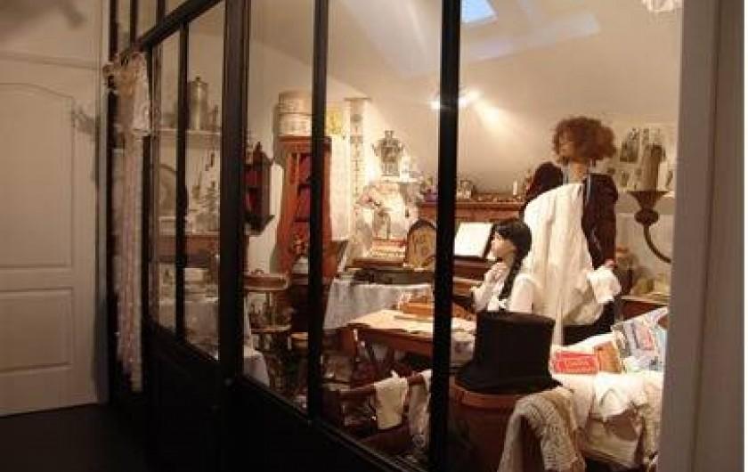 Location de vacances - Chambre d'hôtes à Acheux-en-Amiénois - Cabinet de curiosité étage