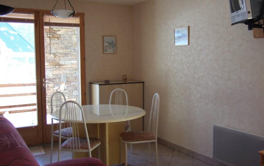 Location de vacances - Appartement à Oz - coté repas