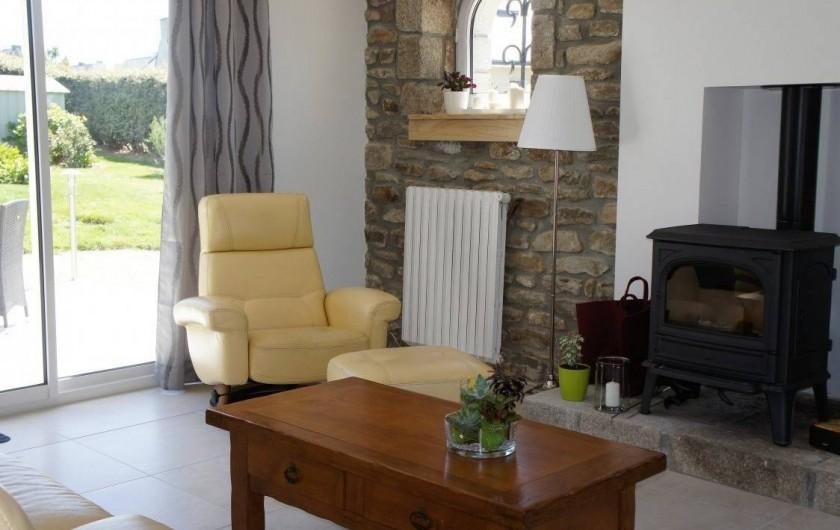 Location de vacances - Maison - Villa à Roscoff - devant le poêle