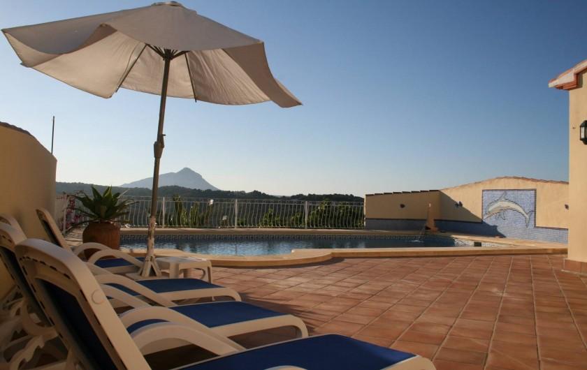Location de vacances - Villa à Xàbia - Terrasse piscine