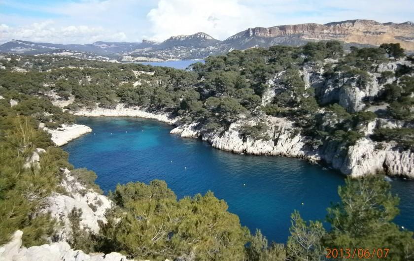 Location de vacances - Studio à Aix-en-Provence - Cassis, ses plages et ses Calanques...