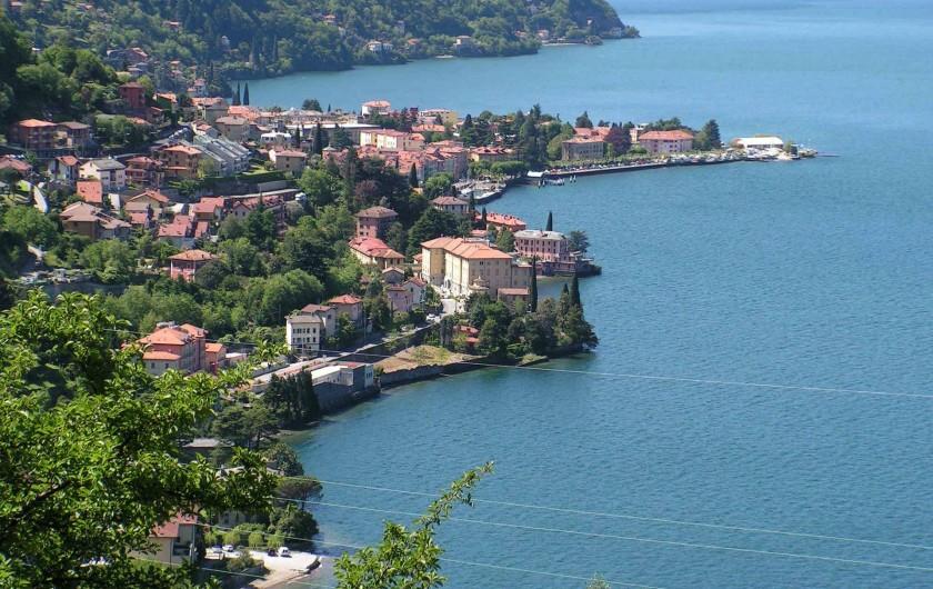 Location de vacances - Appartement à Bellano - vue de la ville de Bellano de   notre maison