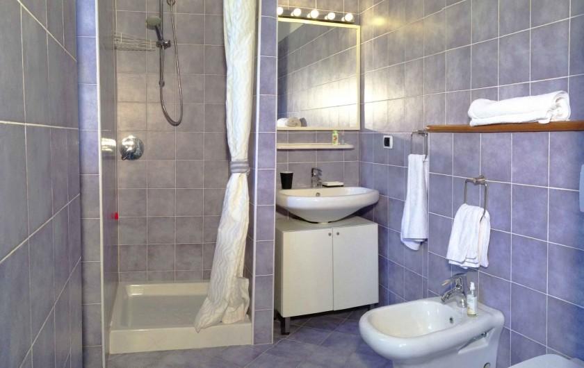 Location de vacances - Appartement à Bellano - appt 703 - la salle d'eau