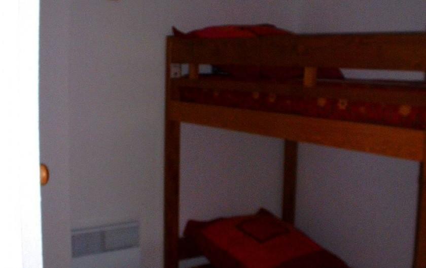 Location de vacances - Appartement à Modane - Chambre avec lits superposés