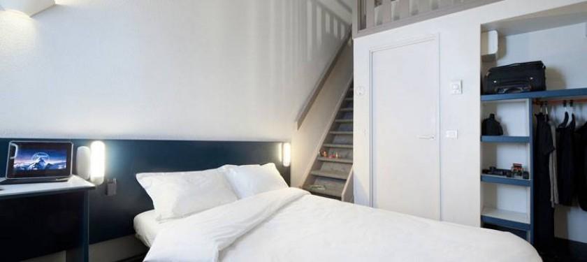 hotel b b le havre 1 harfleur. Black Bedroom Furniture Sets. Home Design Ideas