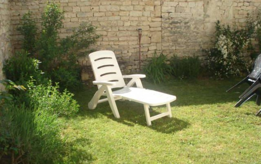 Location de vacances - Gîte à Neuvicq-le-Château - coin détente