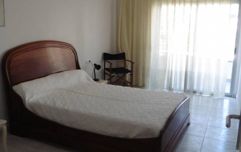 Location de vacances - Appartement à L'Estartit - la 1ere chambre avec balcon