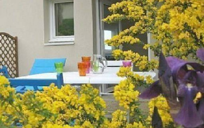 Location de vacances - Appartement à Trévou-Tréguignec - La terrasse
